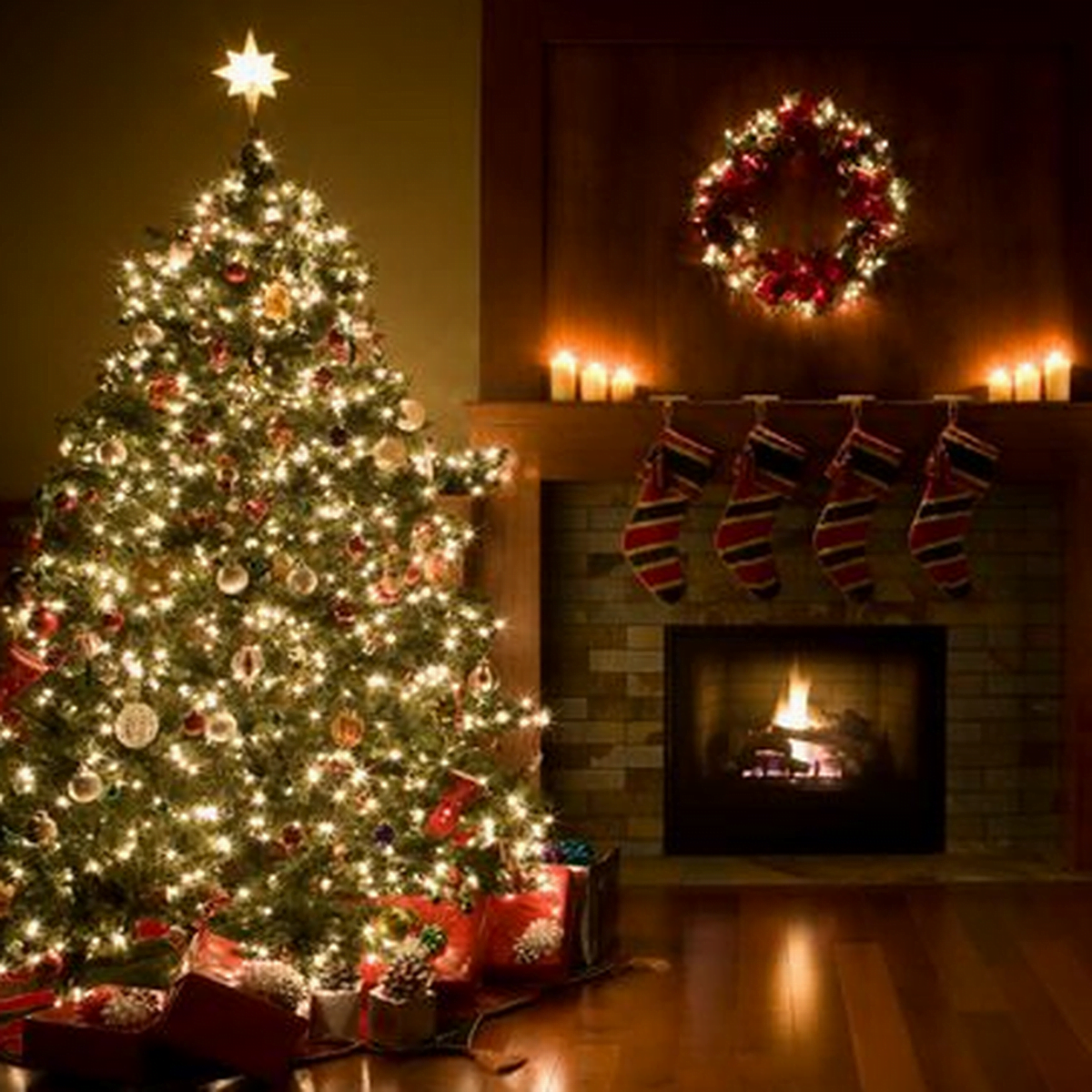 julepynt på juletreet